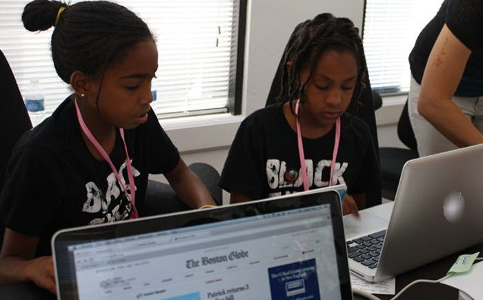 google wants more girls to code