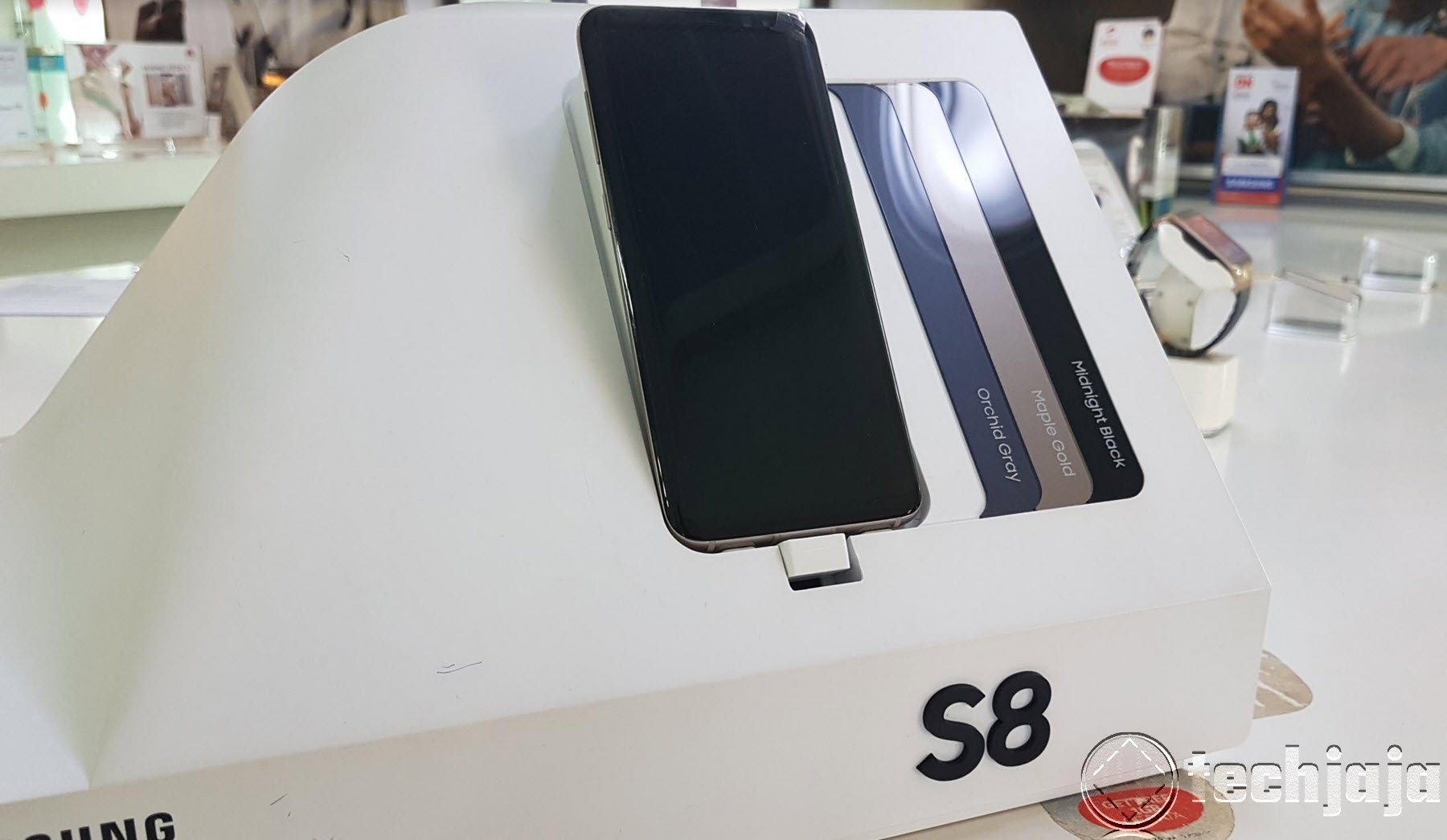 Galaxy S8 plus in store